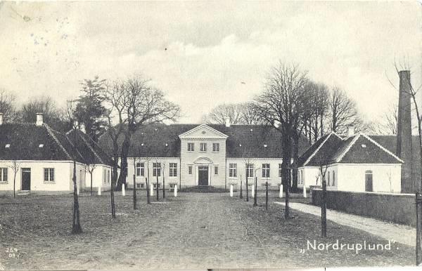 Nordruplund gods 11 km nordøst for Slagelse. | Castles and Manorhouse in Denmark | Pinterest ...