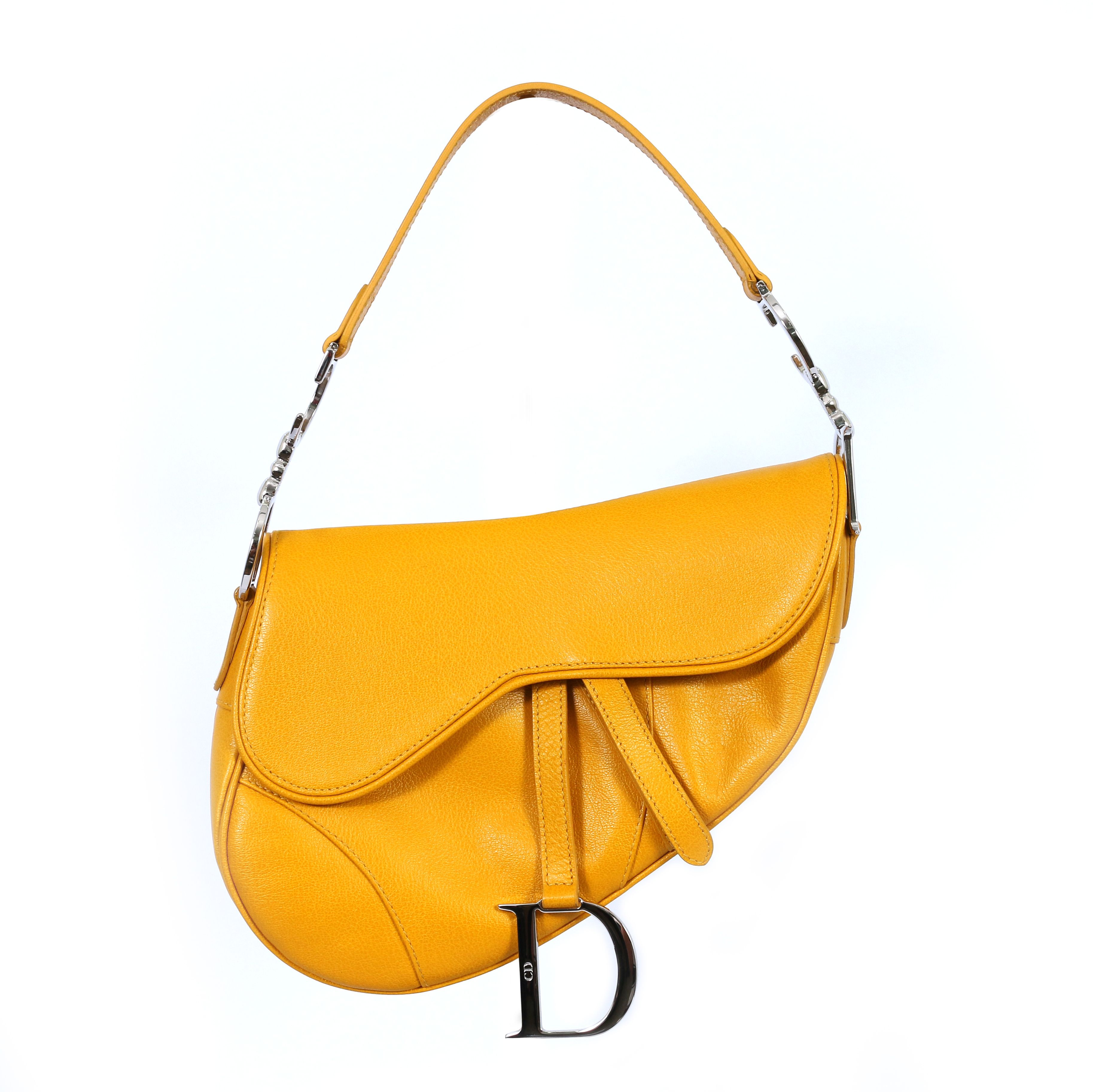 bbb42c9de629 Classic DIOR saddle bag in a colour to die for!