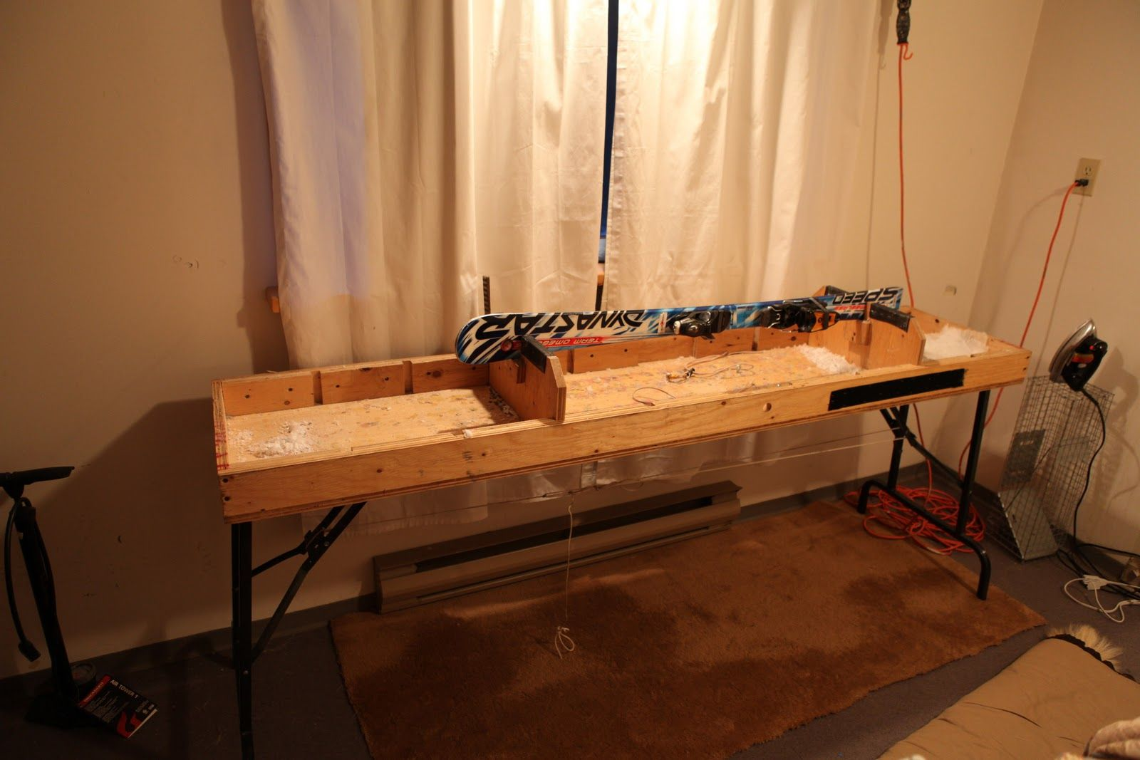 Ski Tuning Table With Ski With Edge Up Skiing Vises Bike Room