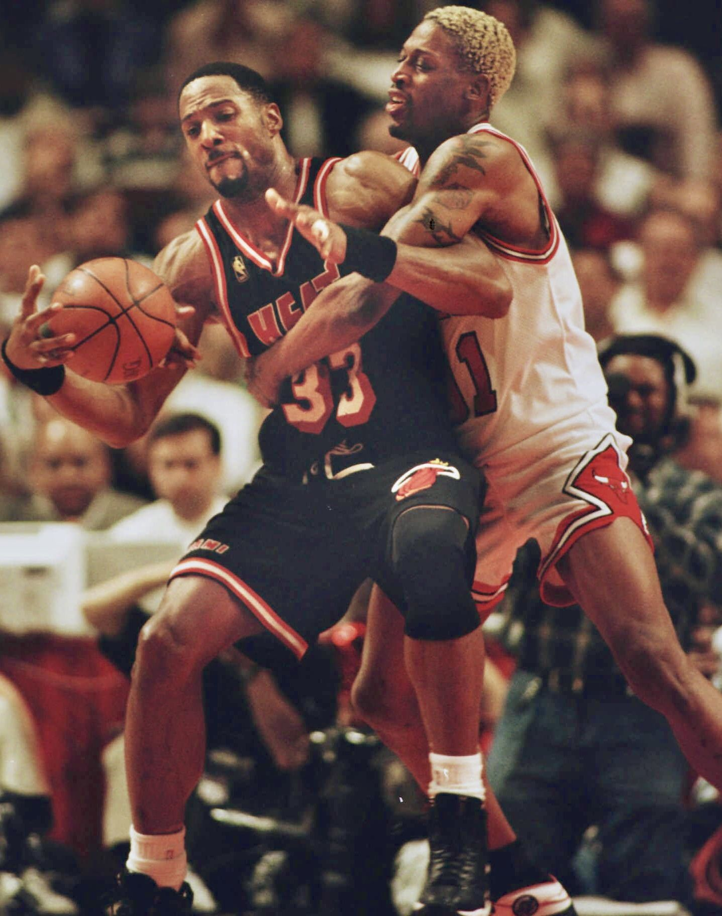 Pin By Sunny Leung On Alonzo Mourning Sports Memes Alonzo Mourning Dennis Rodman