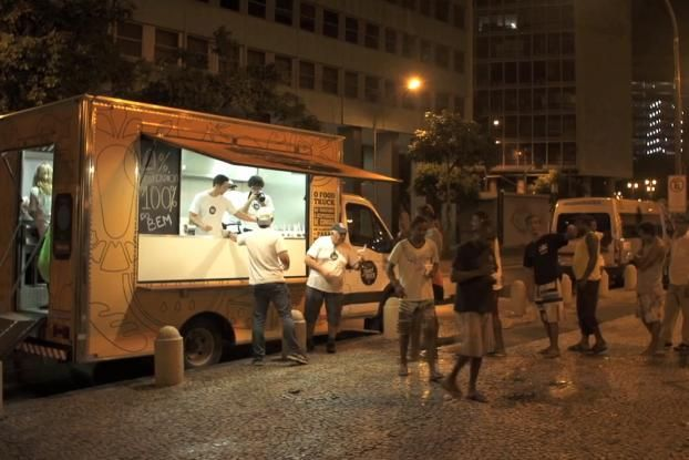 Brazilian Charity Feeds The Homeless With A Food Truck Of Restaurant Leftovers