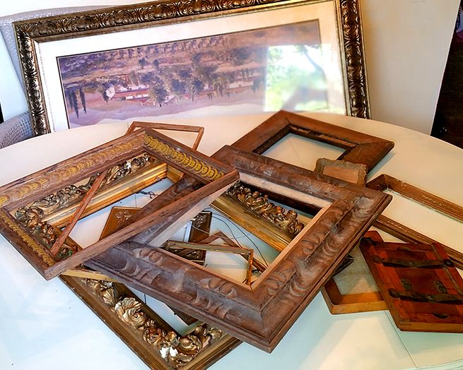 Old Gold Gaudy That S The Way I Like My Antique Picture Frames Chips Dings Cracks No Problem I Collect For Antique Picture Frames Frame Picture Frames