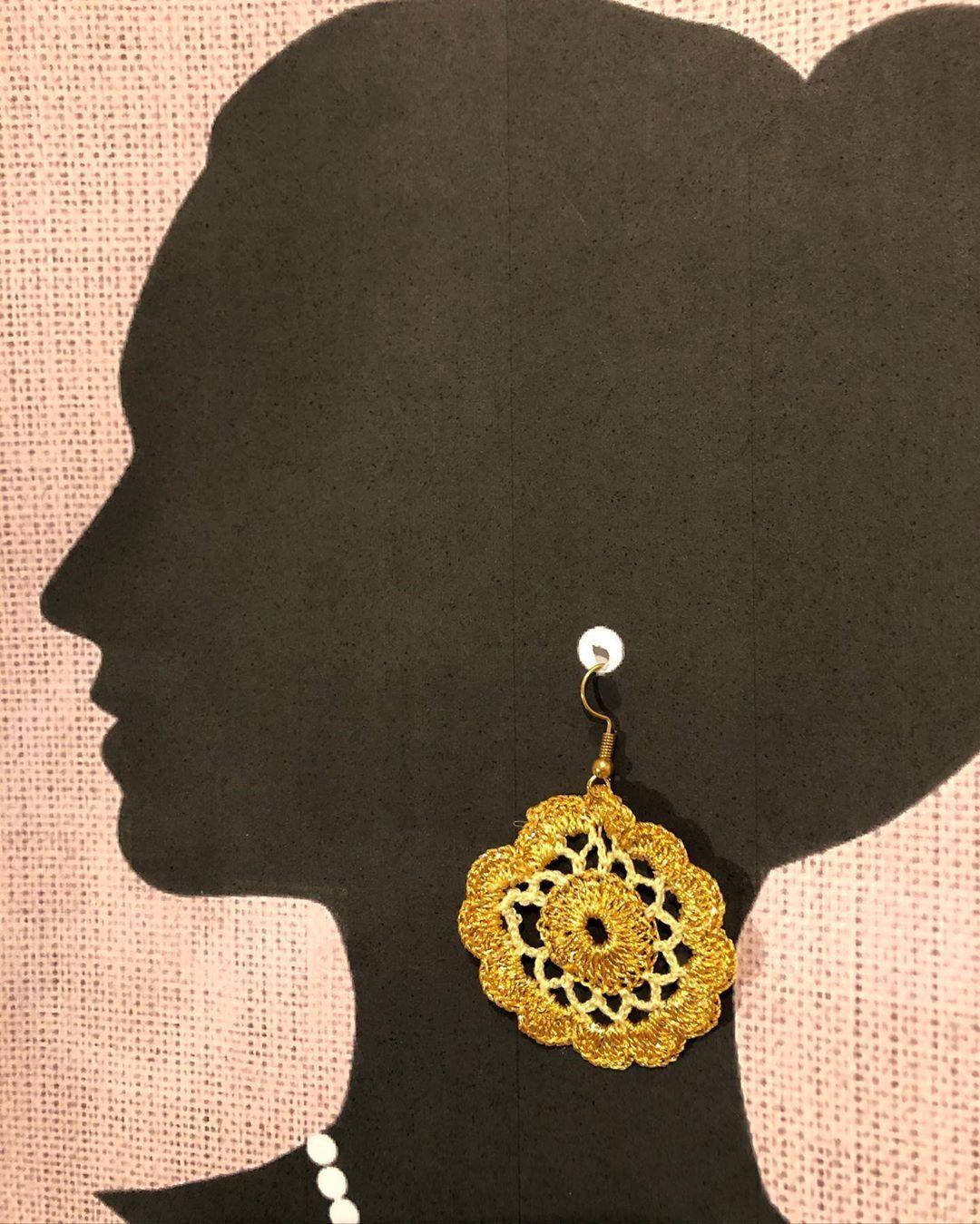 "CrochetFashion WithPassion on Instagram: ""#art #artistsoninstagram #beautiful #bestoftheday #boutique #crochetatolyesi #copperearrings #cute #dantel #decoration #design…"""
