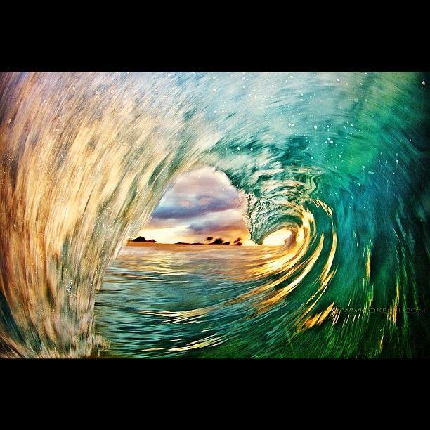 Unedited. Longer shutter speed in combination with flash.  #wave #ocean #water #art #longexposure #light #Hawaii    If you like my photos check out my kickstarter project   gokenji.com/kickstarter