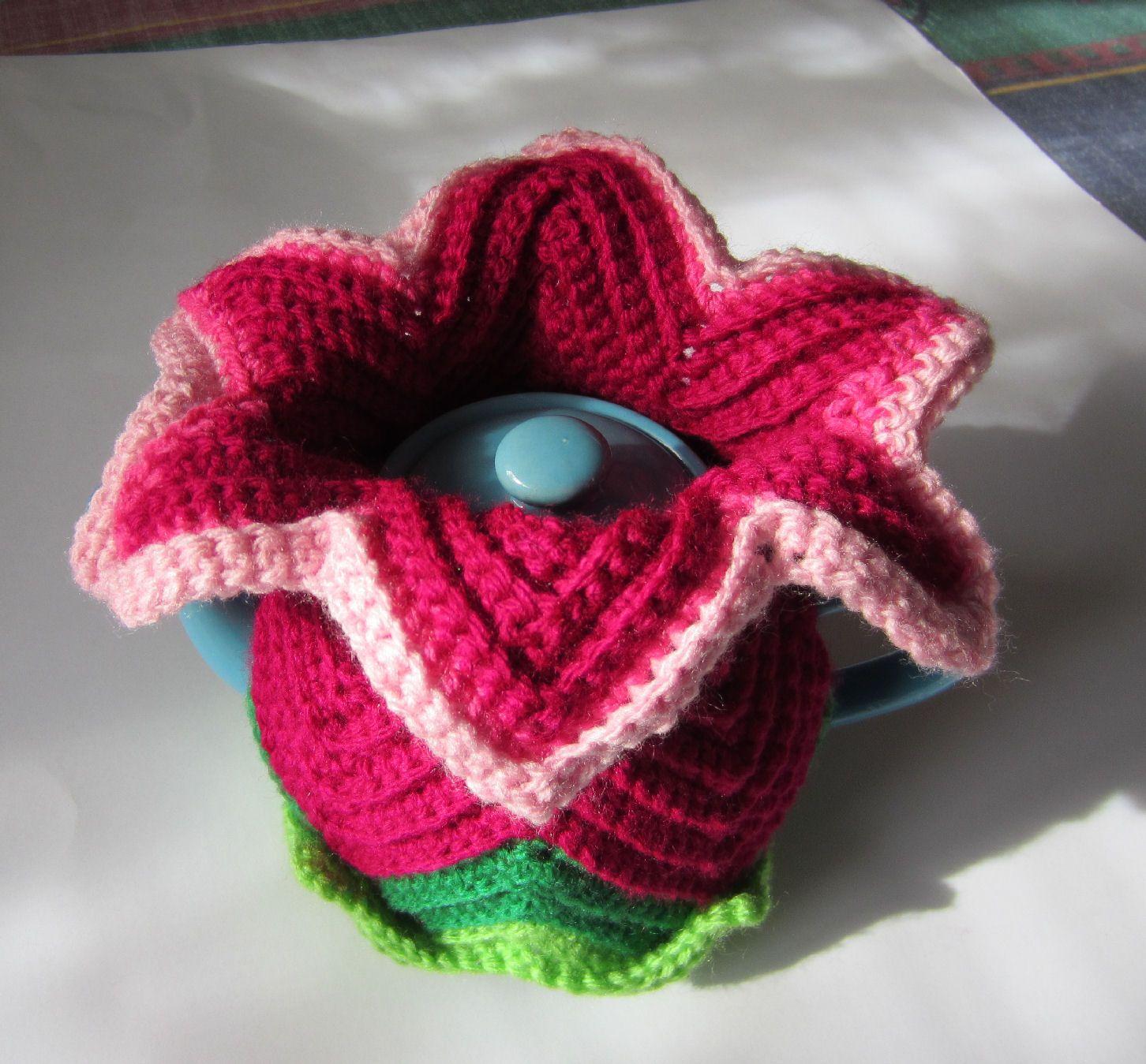 Daylily tea cosy, ripple stitch, Crochet, Mother\'s Day, | Crochet ...