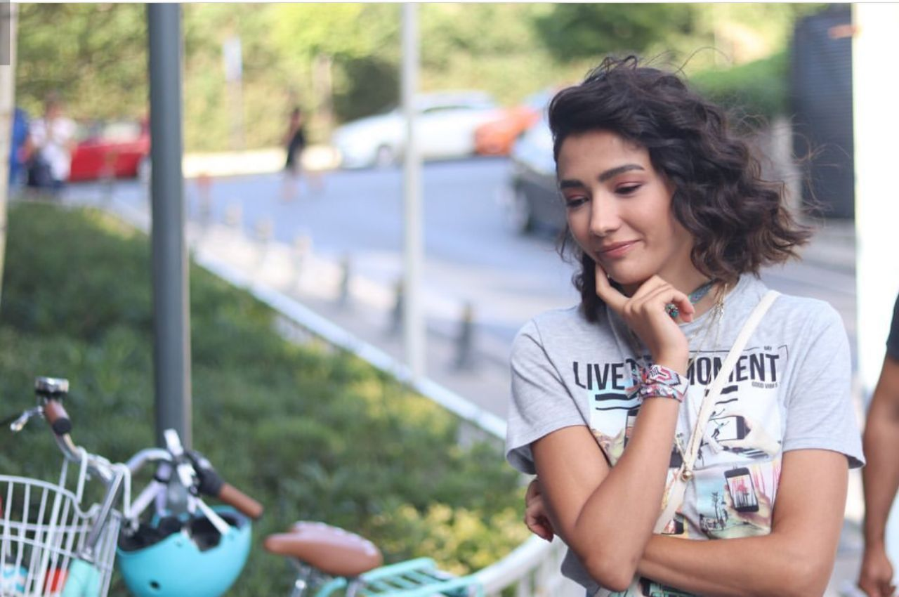 Mahdiyeh Adli Kullanicinin Aybuke Pusat Panosundaki Pin Unluler Instagram Fotografcilik