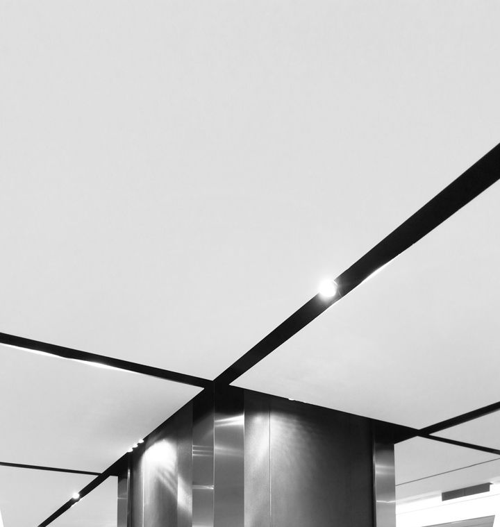 Zara store by Elsa Urquijo Architects, Hong Kong