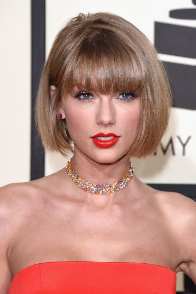 Taylor Swift Chopped Her Hair Off For The Grammys Bob Hairstyles With Bangs Medium Hair Styles Short Hair Styles