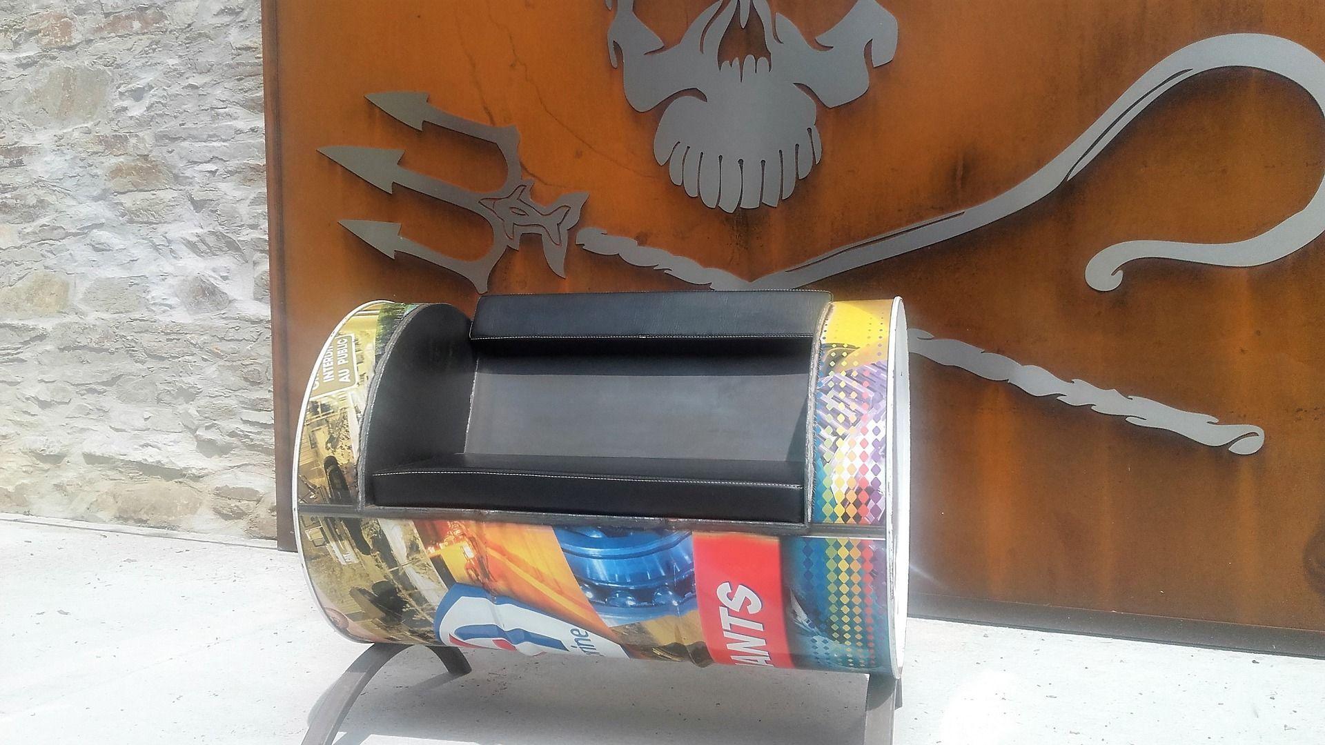 Fauteuil En M Tal De Type Industriel En Bidon Recycl Meubles Et  # Meuble En Bidon Recycle