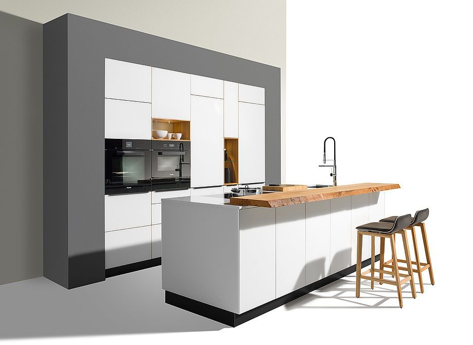 TEAM7 linee solid wood kitchen with new coloured glass sides