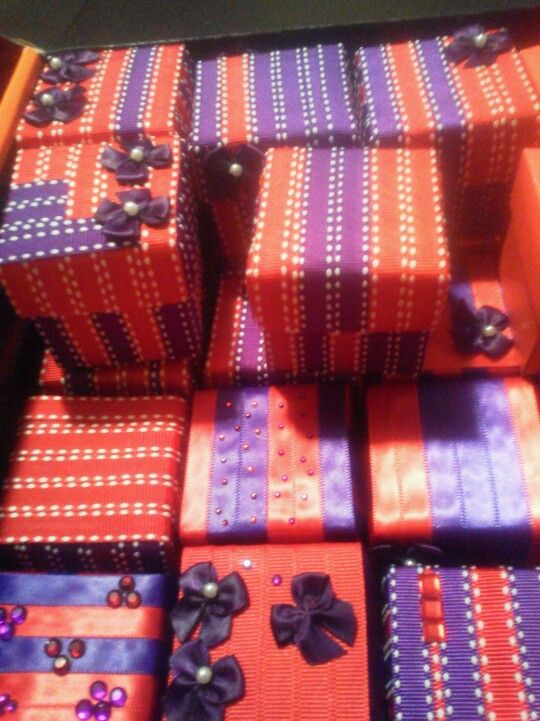 Favor Boxes for Bridal Shower red/purple