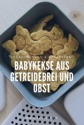 Rezept für gesunde, vegane, zuckerfreie Babykekse aus Getreidebrei und Obstmus. Einfach selber machen. #healthyjuicerecipes
