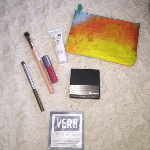 Glam bag Mr. Right now eye pencil, brush, Tarte lipstick, be fine exfoliating cleanser and sized to go eyeshadow palette Makeup