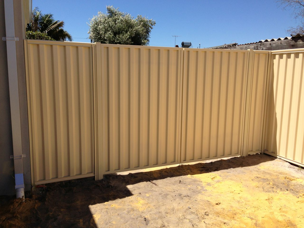 We Are Specialist In The Installation Of Colorbond Fencing