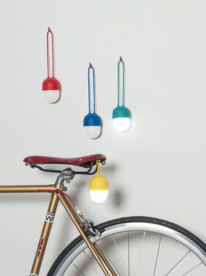 Lampe Sans Fil Clover Lexon Bleu Made In Design Lampe Led
