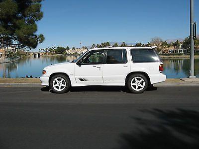Ford Explorer Xlt Ford Explorer Explore Ford Explorer Xlt