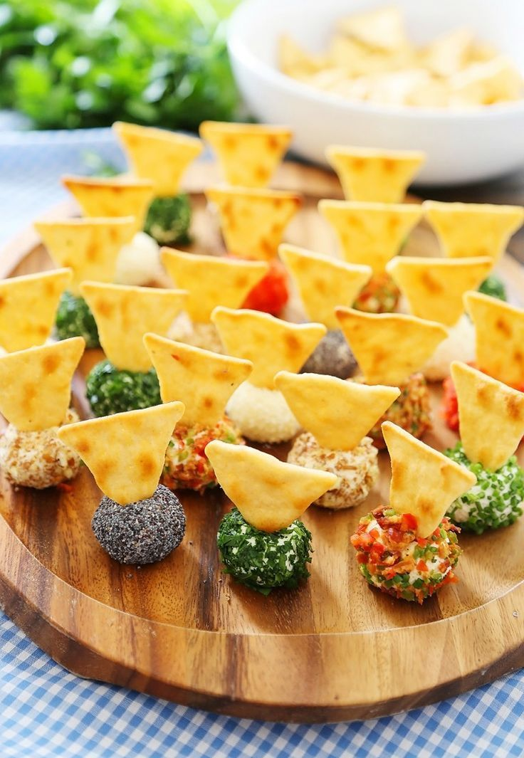 Photo of Queso 3 cheese mini cheese balls – the BEST quick and easy aperitif! Roll …