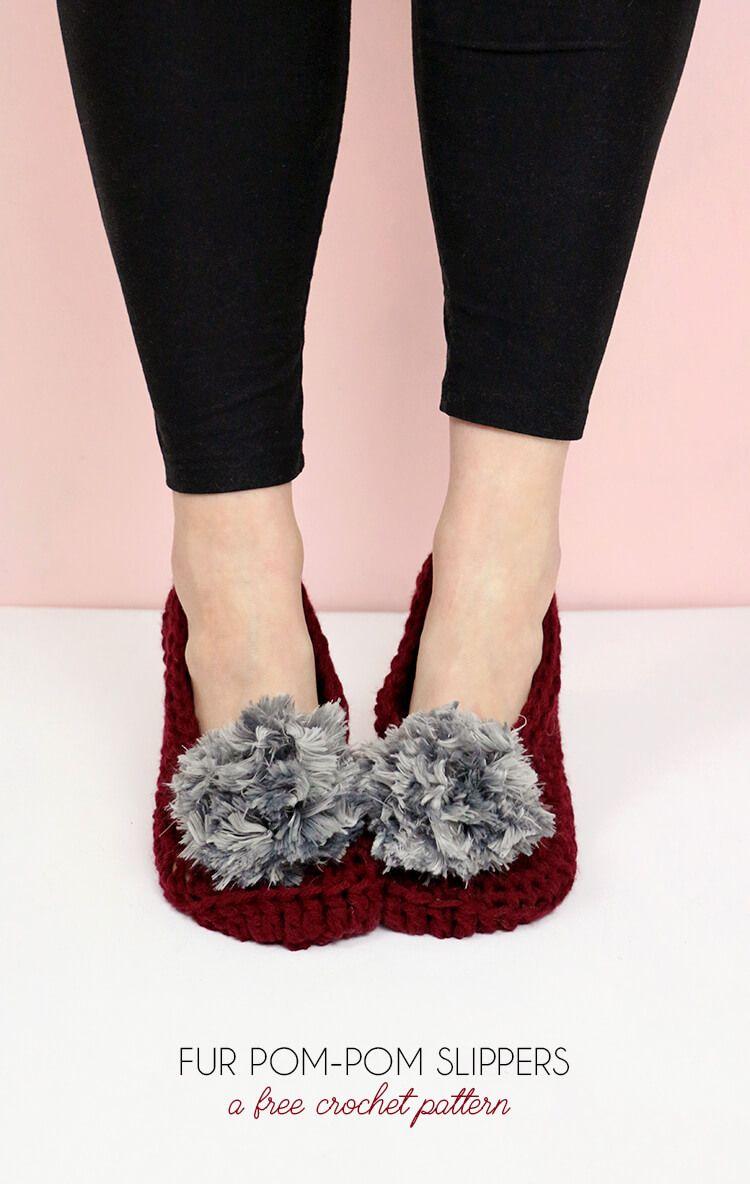 Fur Pom-Pom Slippers - Free Crochet Pattern | Zapatillas de ...