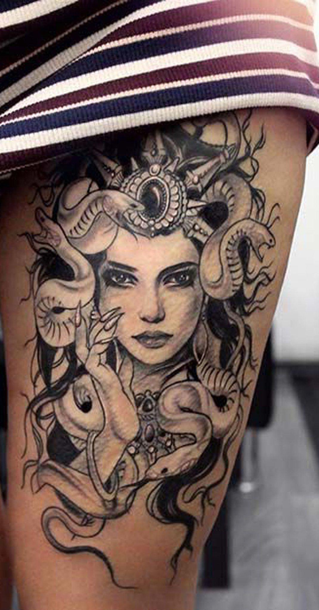 Cool Unique Thigh Tattoo Ideas for Women Medusa Head