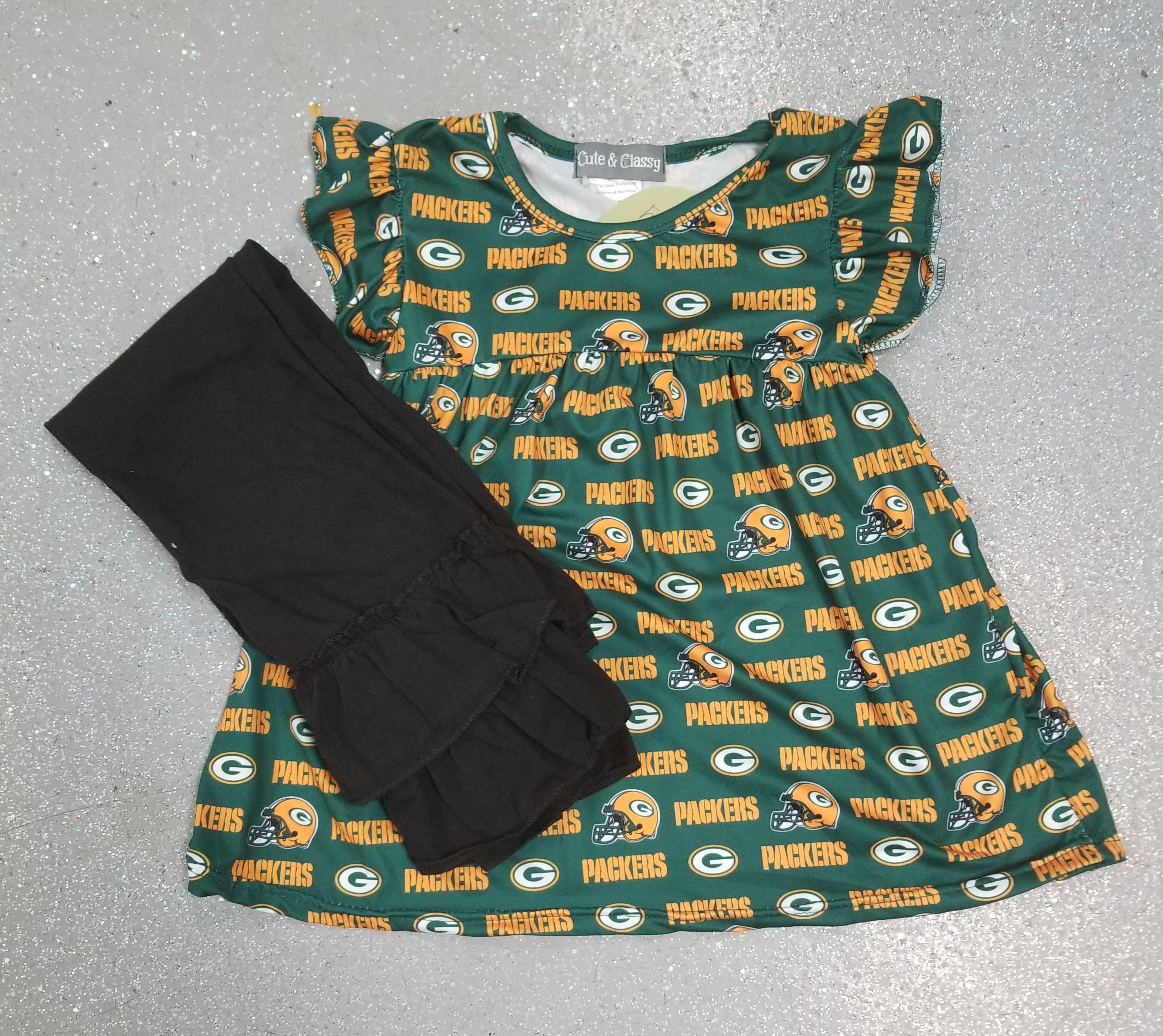 Go Pack Go The Stunning Olya Jakubowski Greenbaypackers Packers Greenbay Green Bay Packers Girl Cheerleading Outfits Green Bay Packers Fans