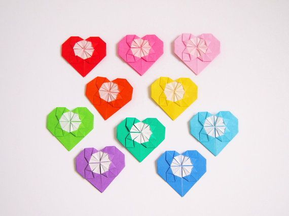 Etsy の Origami Paper Hearts 20 Origami Hearts by KaoriCraft