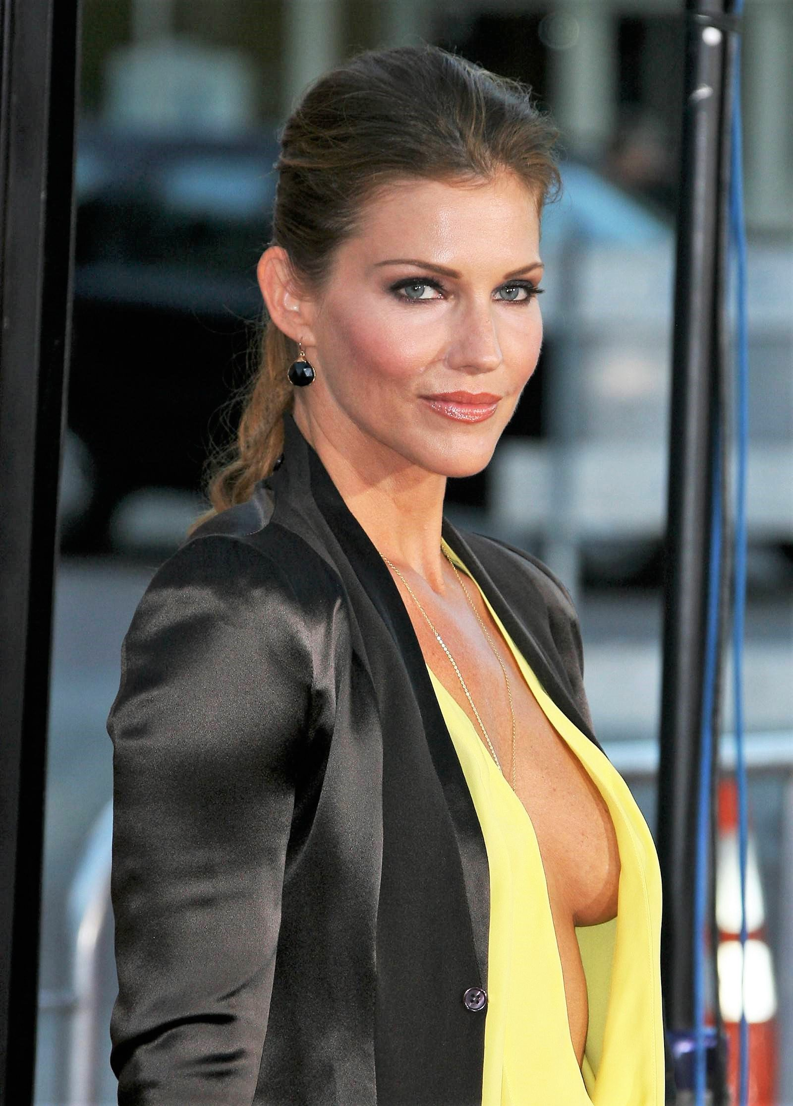 Tricia Helfer nude photos 2019