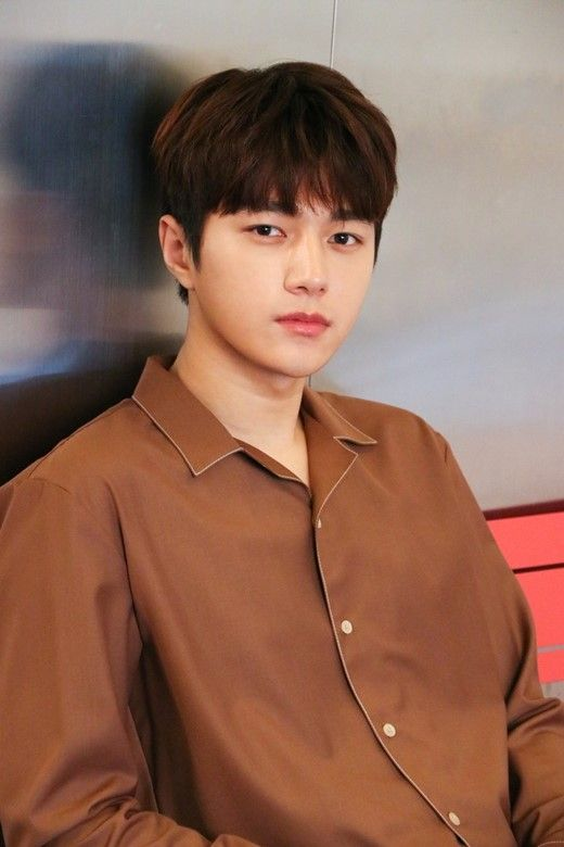 Ask K Pop Infinite S L Talked About His Bandmates And Their Reactions To His Latest Drama Myungsoo Kim Myung Soo Kang Min Hyuk