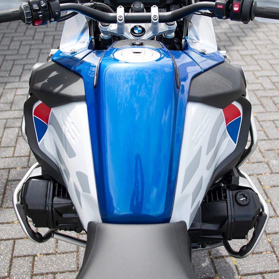 Bild Konnte Enthalten Motorrad Und Im Freien Bmw Bmw Motorcycles Adventure Motorcycling