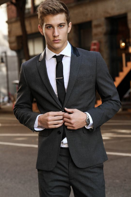 Pin by 김정익 on 양복 | Pinterest | Male models, Fashion and Men\'s suits