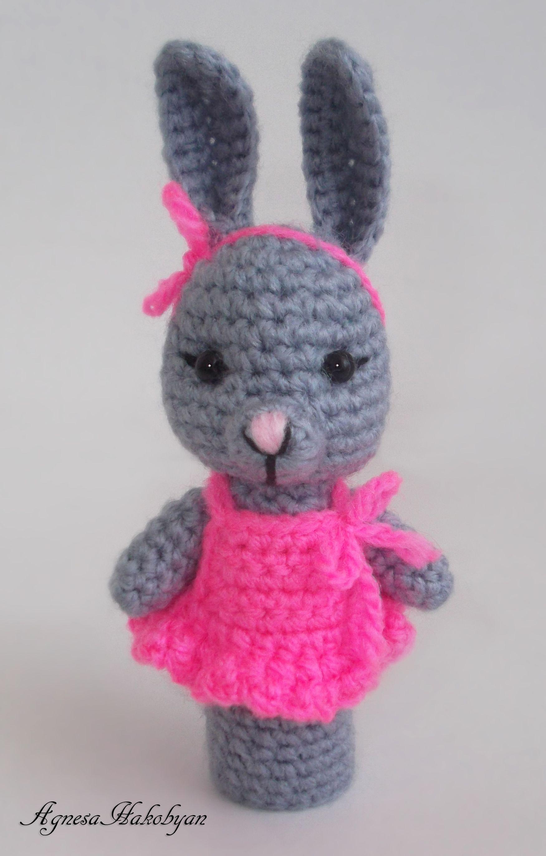 Cute Bunny Finger Puppet | Finger Puppets | Pinterest | Marioneta