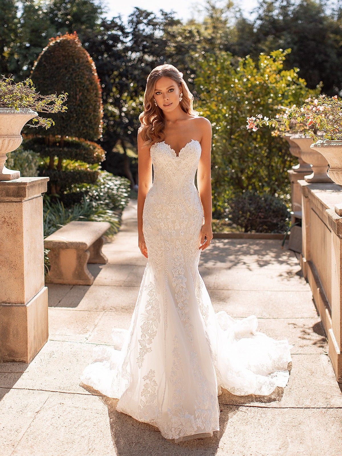 Lux D8245 Sparkle Tulle Lavish Mermaid Wedding Gown In 2020 Strapless Wedding Dress Mermaid Lace Mermaid Wedding Dress Wedding Dresses Mermaid Sweetheart