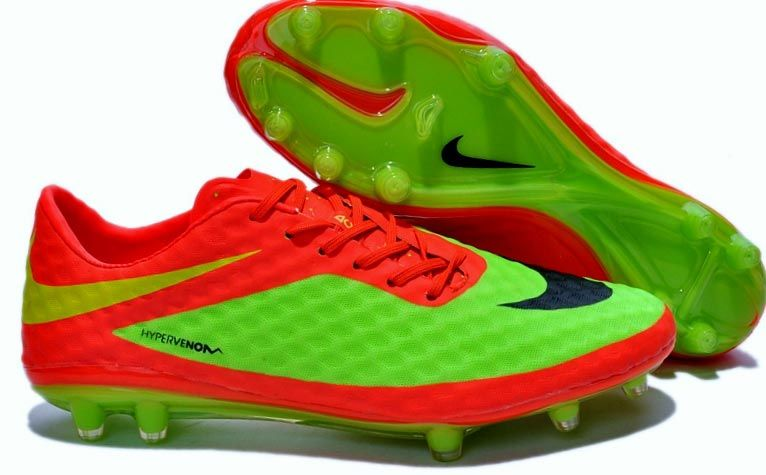 565117fae2f Nike HyperVenom - Venomous  Nike HyperVenom - Venomous  -  71.99   Nike  Shoes