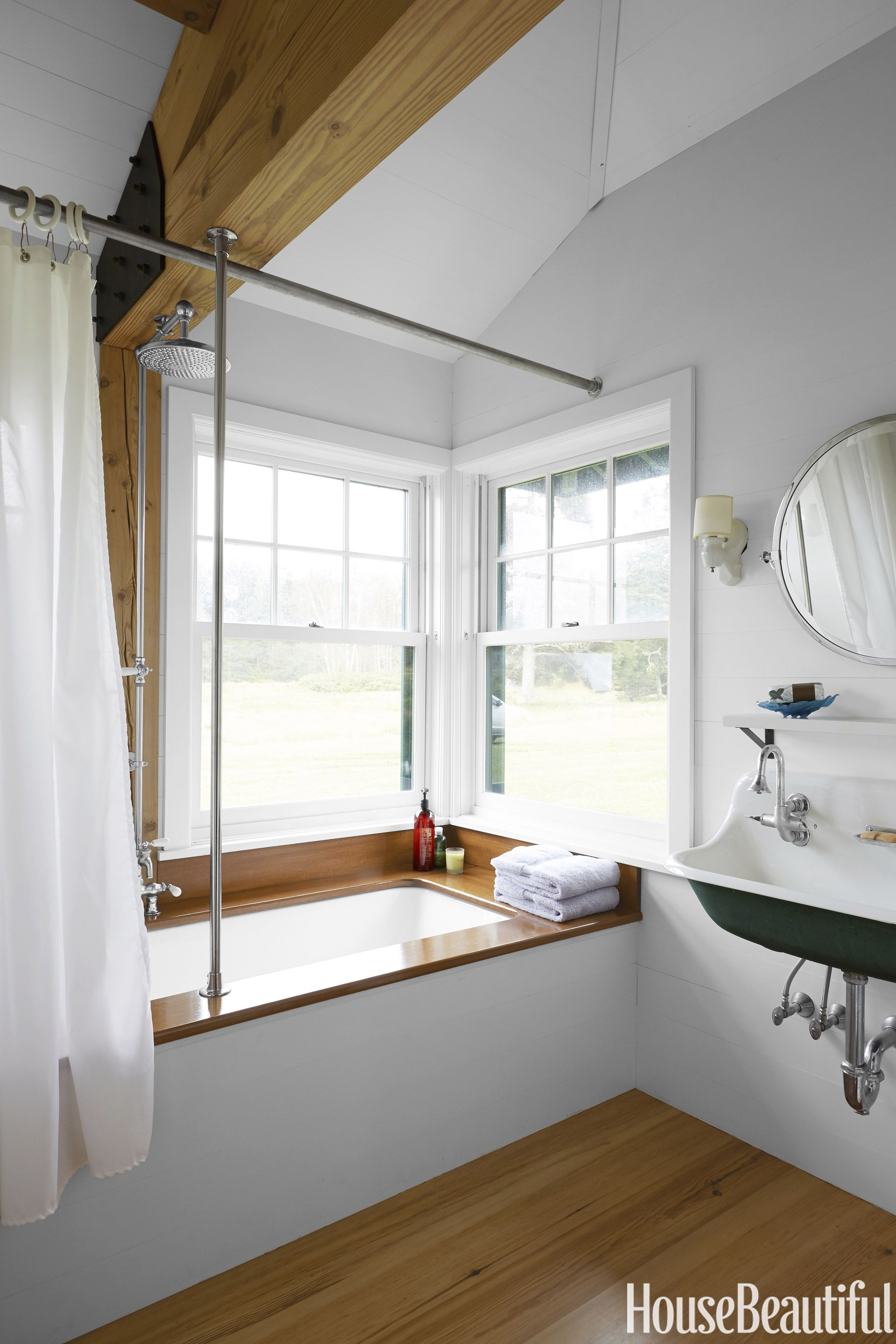 140+ Ways to Make Any Bathroom Feel Like an At-Home Spa   Woodwork ...