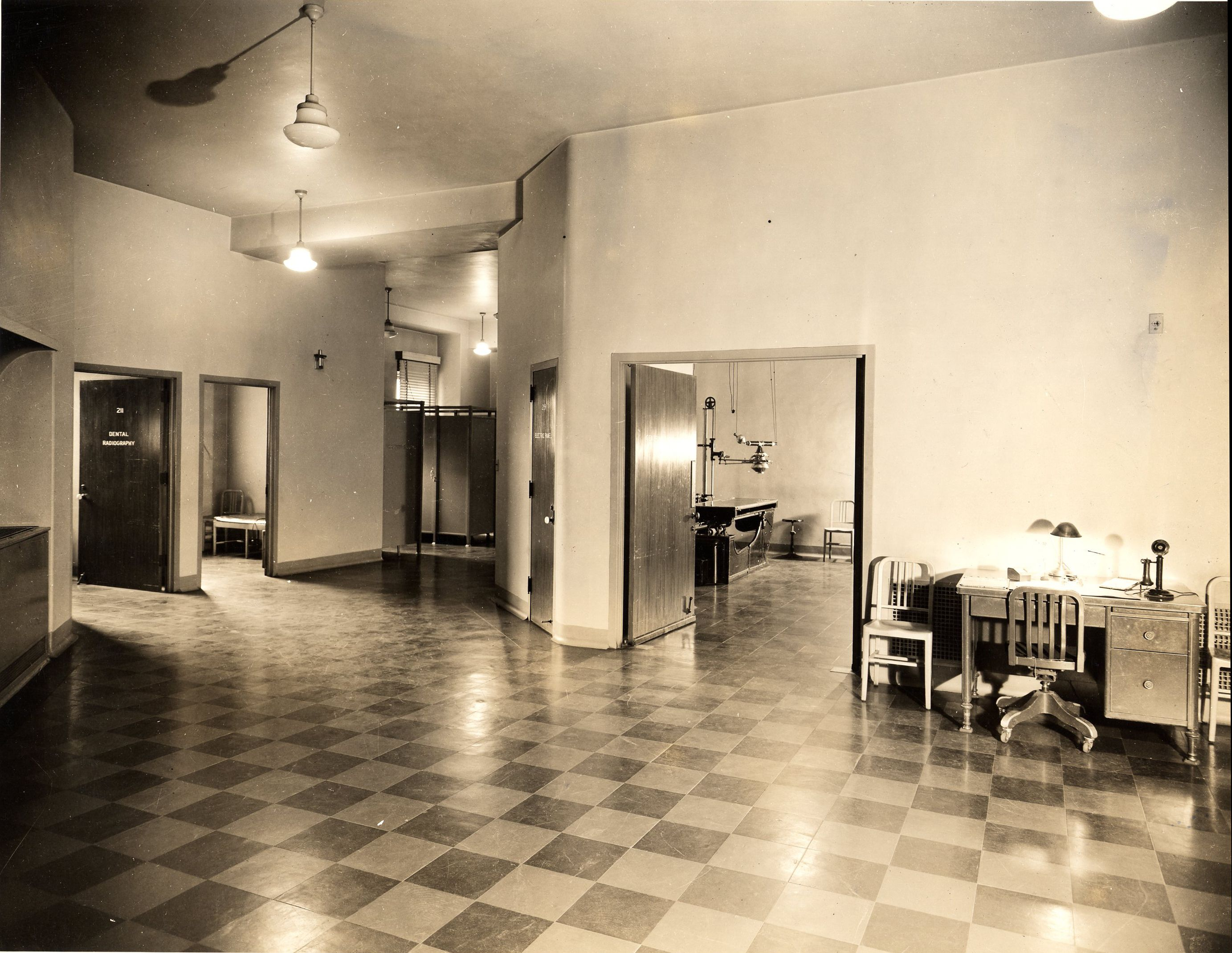 X Ray Room At Barnes Hospital In 1951 Historical
