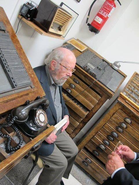 Generación del 27. José Manuel Caballero Bonald en la Antigua Imprenta Sur.