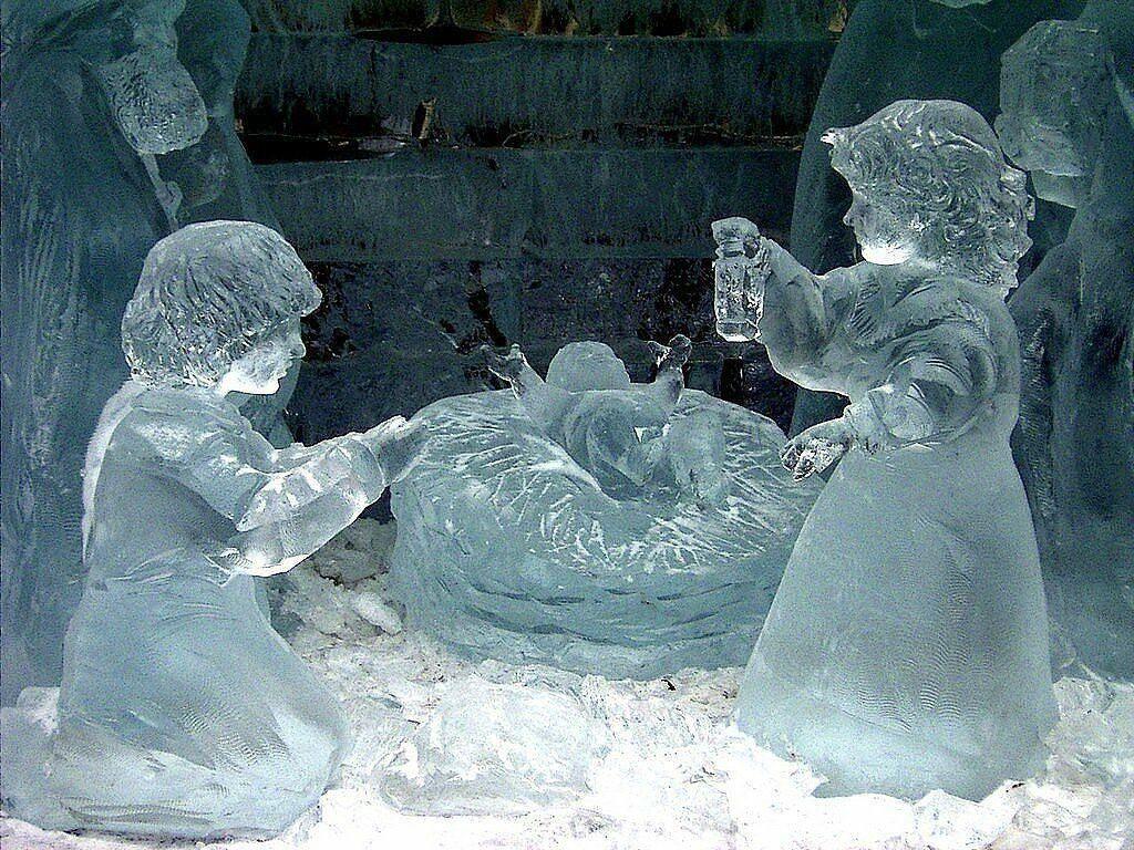 скульптуры снежные с детьми фото боди-арт стройных ножках