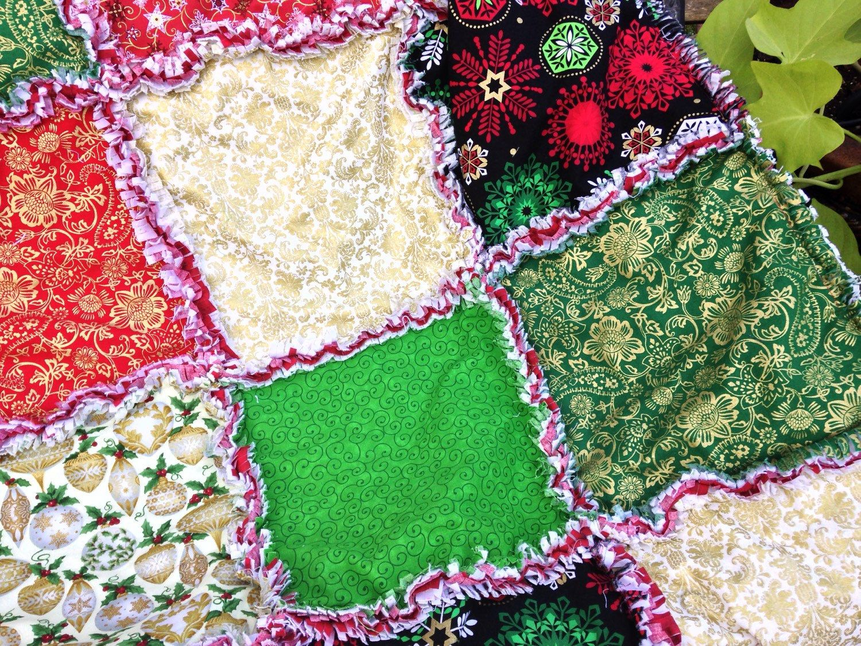 Christmas rag quilt - Christmas quilt - Christmas throw - Christmas blanket - Christmas decor - Christmas decoration by BlueSheepBoutique on Etsy