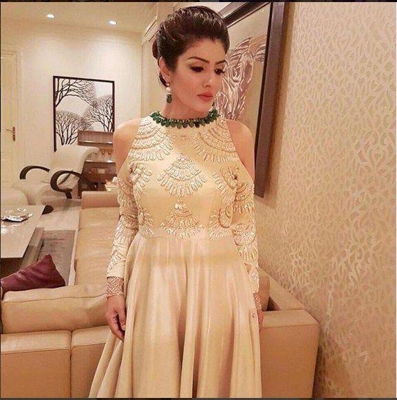 Raveena Tandon A Gown Designed By Manish Malhotra | celeb fashion ...