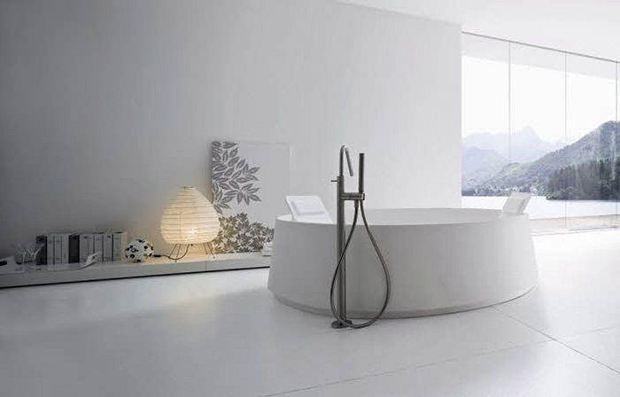 ... Wohlfuhlerlebnis Minimalistic Modern White Bathroom Design B A T H R O  O M   Design   Moderne Badewannen Wohlfuhlerlebnis ...