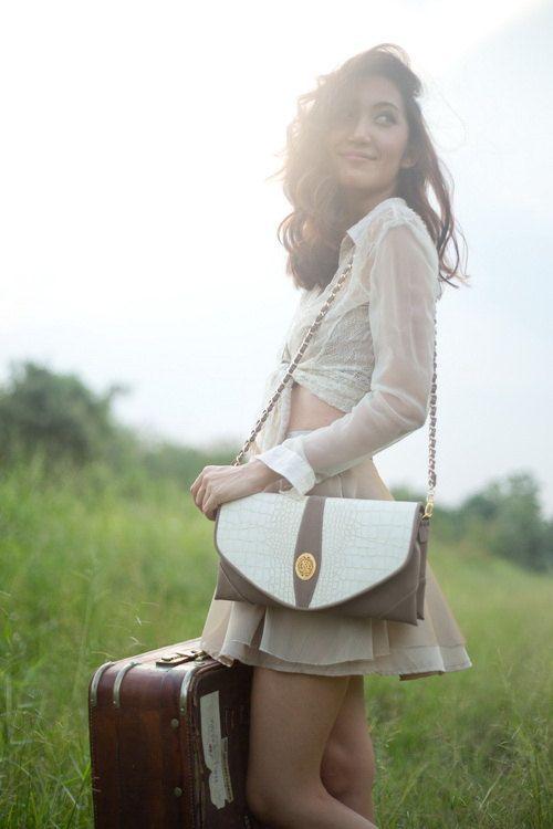 Vintage Handbags or Retro Purses for the modern woman by JassiePar,