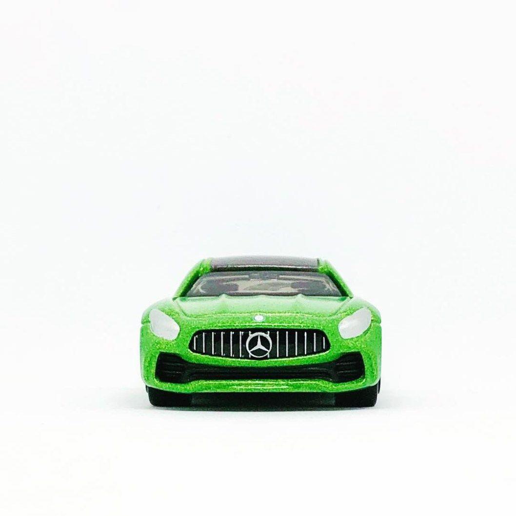 Tomica Mercedes Benz Amg Gt In Metallic Green Diecastgraphy Mercedes Benz Amg Gt Mercedes Benz Amg Benz