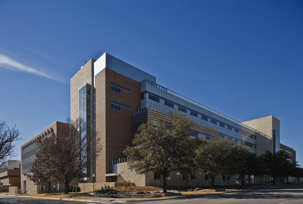 UT Arlington Engineering Research Building earns LEED Gold