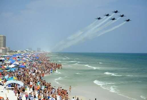 Blue Angel Show On Pensacola Beach Gives Me The Chills Everytime Southern Charm Pinterest Angels And