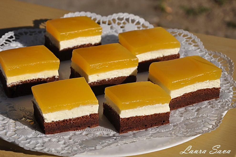 Prajitura Cu Branza Si Fanta Retete Culinare Cu Laura Sava Cele Mai Bune Retete Pentru Intreaga Familie Food Cookie Recipes Desserts