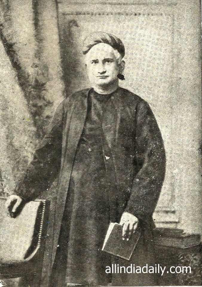 short essay on bankim chandra chatterjee