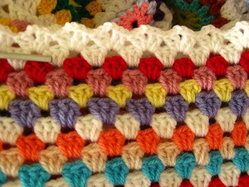10 pretty crochet edges for crochet blankets   Crochet edgings ...