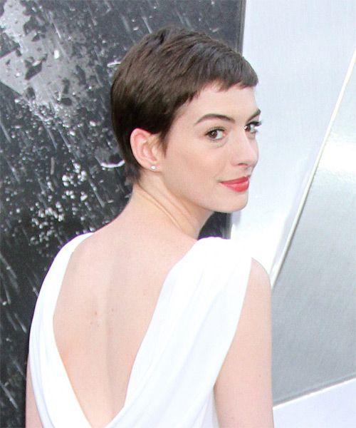 Anne Hathaway Short Hair: Anne Hathaway Short Straight Casual Layered Pixie