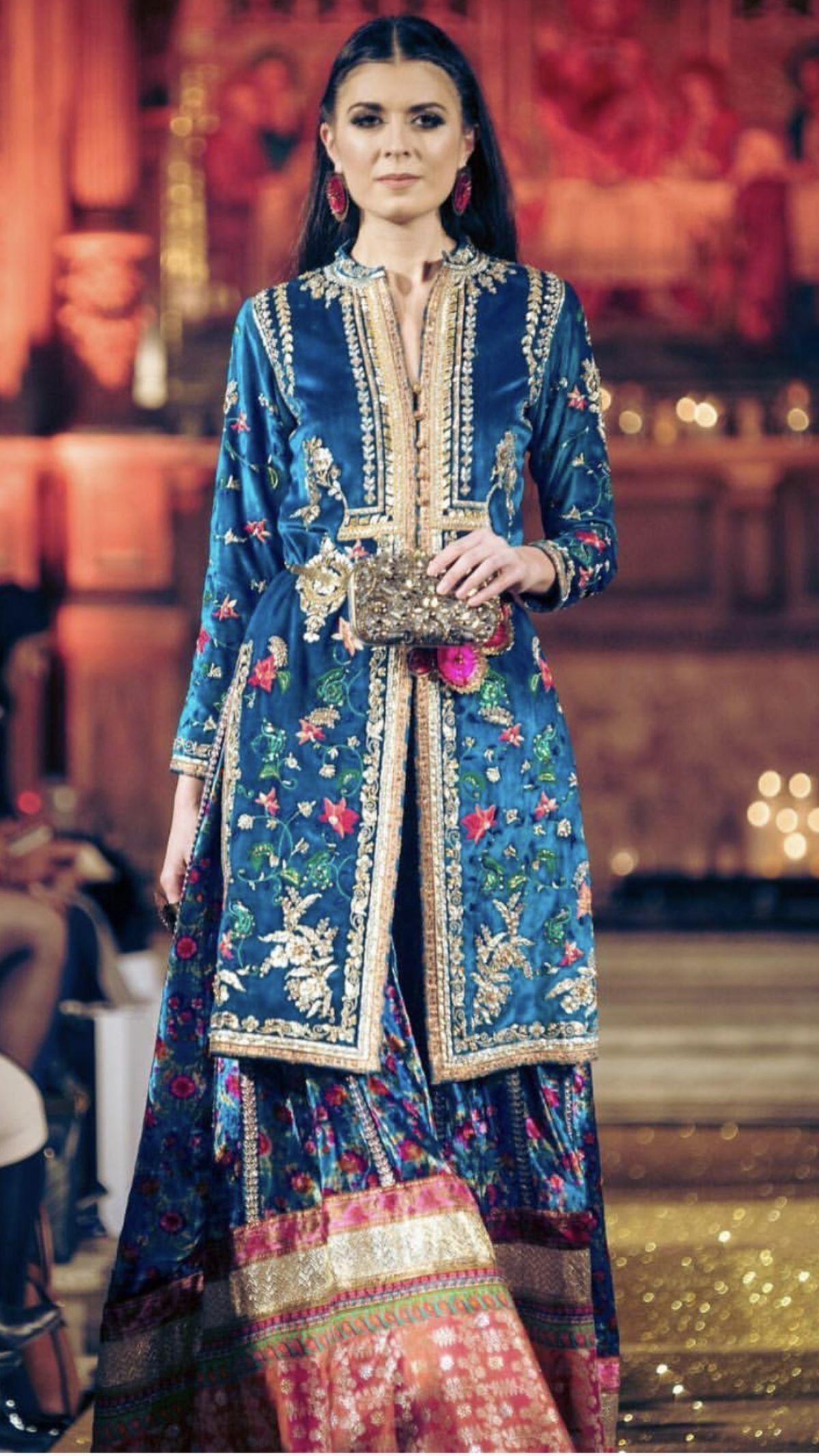 Pin by Suman Zulfiqar on Bridal & Party Wears | Pinterest ...