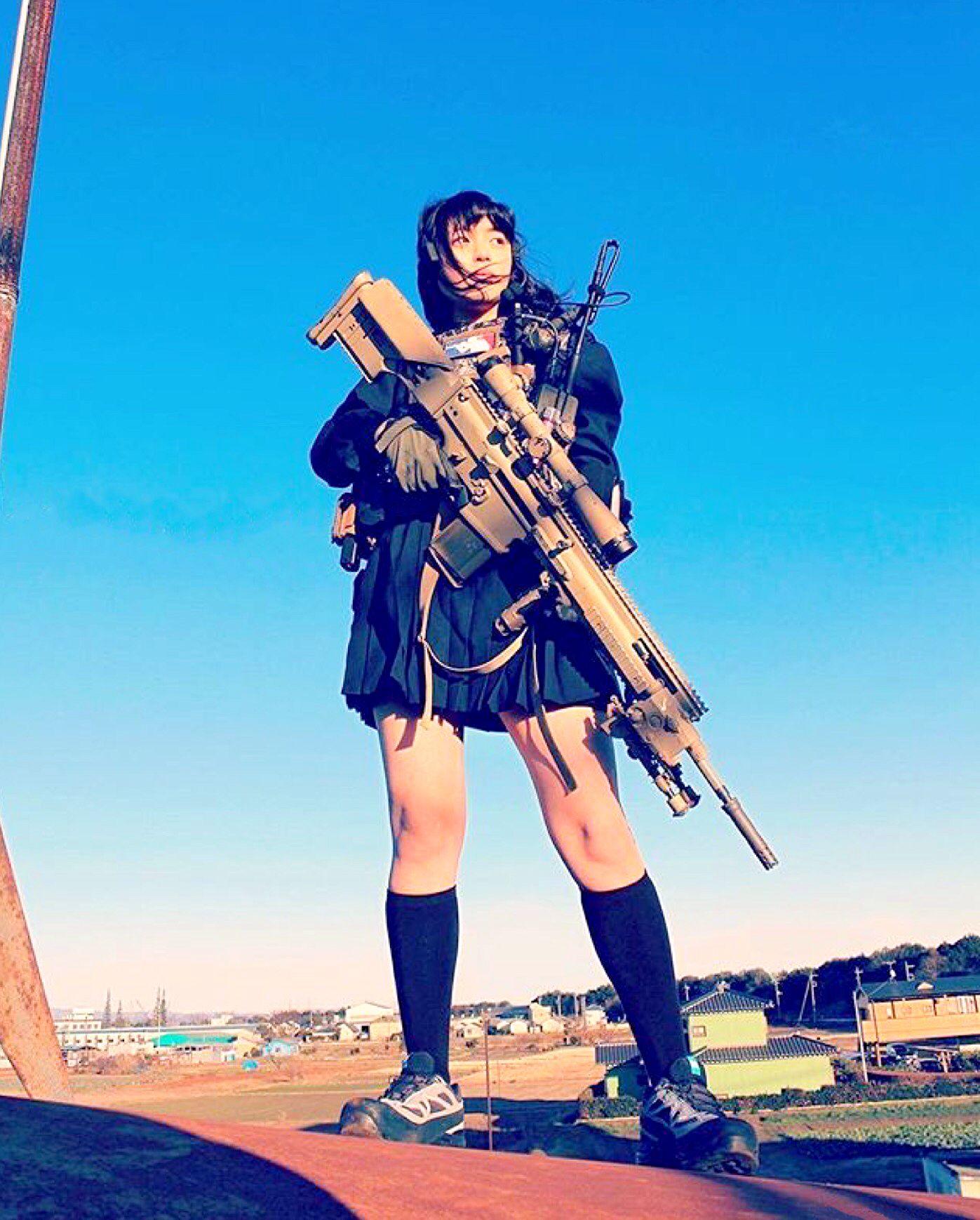 Asatica Colegiale A La Fuerza Porno pin de tropicalfiest en cyber_1   chica militar, poses