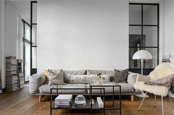 Scandinavisch Droomhuis Kopenhagen : Sfeervol appartement in zwart wit en houttinten in stockholm